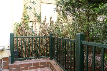 02a_Okonek-courtyard2.jpg